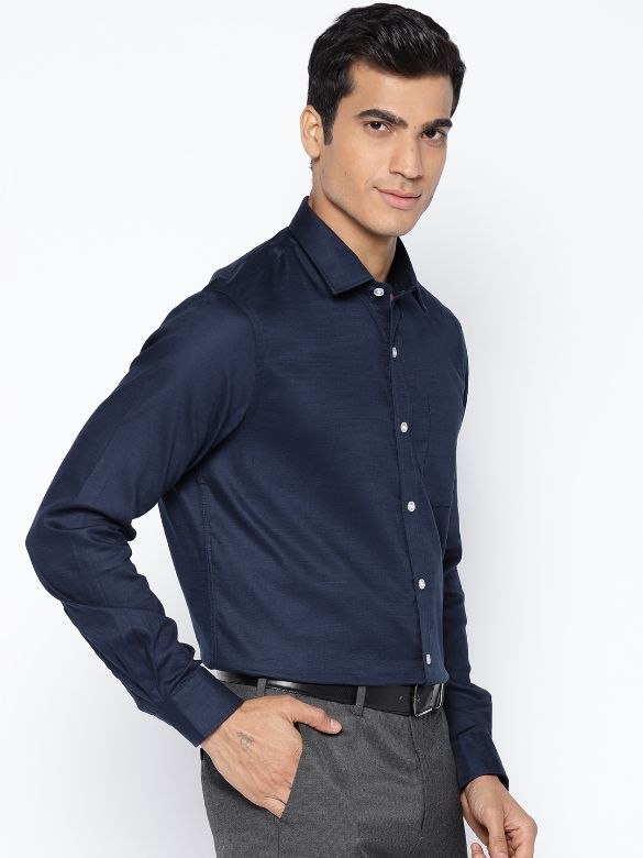 Men Navy Blue Slim Fit Solid Formal Shirt by Arrow