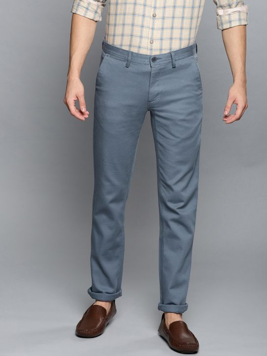 Men Blue Slim Fit Solid Smart Casual Chinos