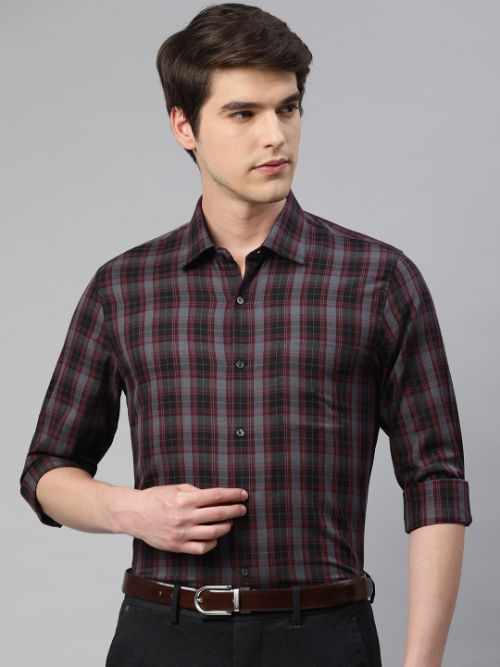 Slim Fit Formal Shirt by Peter England