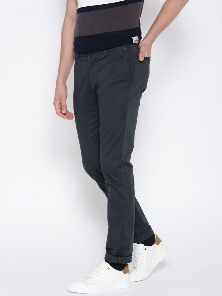 Men Charcoal Grey Solid Chinos